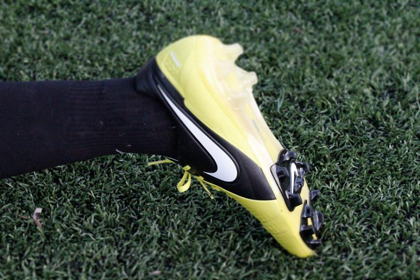 Nike CTR 360 MAESTRI III: Boot Features