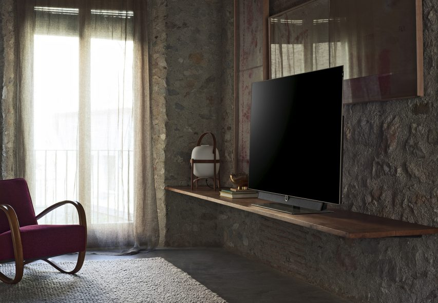 Loewe presents the Bild OLED