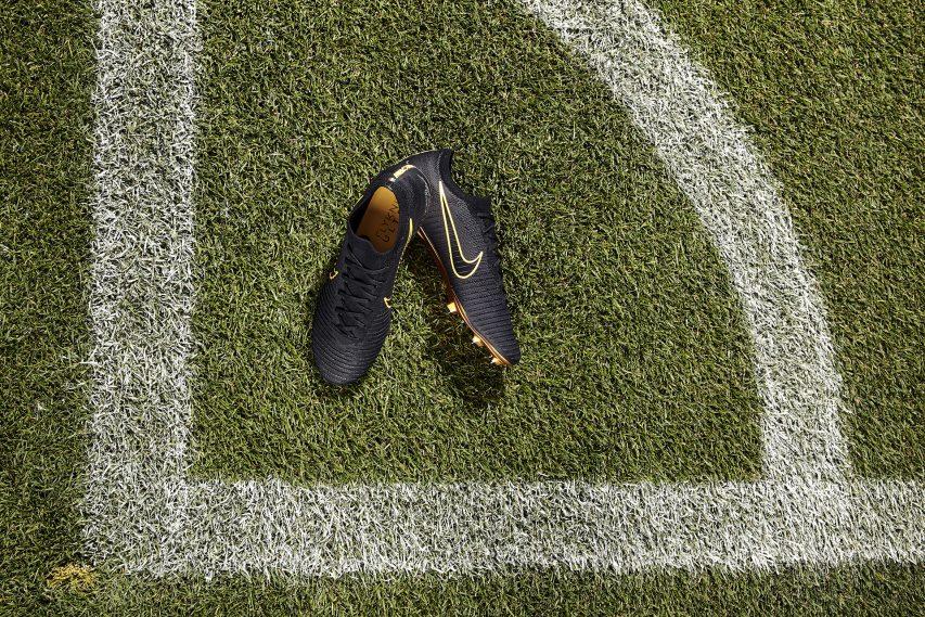 Nike Mercurial Ultra Flyknit Vapor